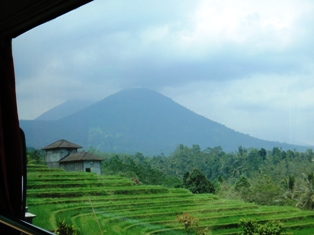Bali - mountain from bus