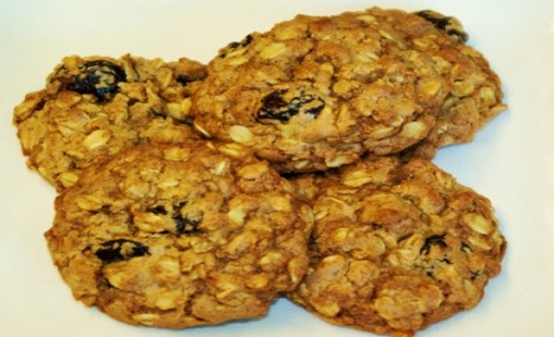 Gluten-free Toasted Oatmeal with Dried Cherries Cookies | Kosher ...